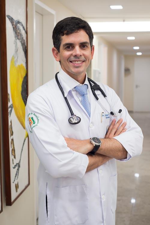 http://www.iggpe.com.br/wp-content/uploads/2015/12/dr-sergio2.jpg